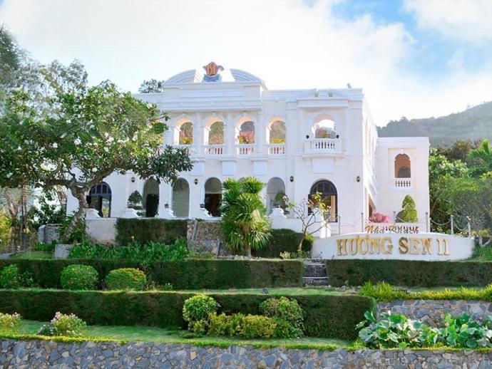 Hương Sen 2 Hotel