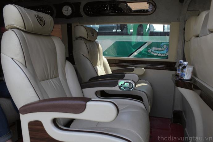 xe limousine di Vung Tau