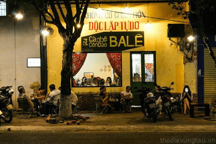 Cafe Ba Lê tại CônĐảo