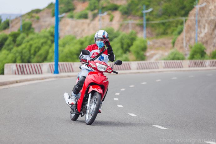 phượt Côn Đảo bằng xe máy