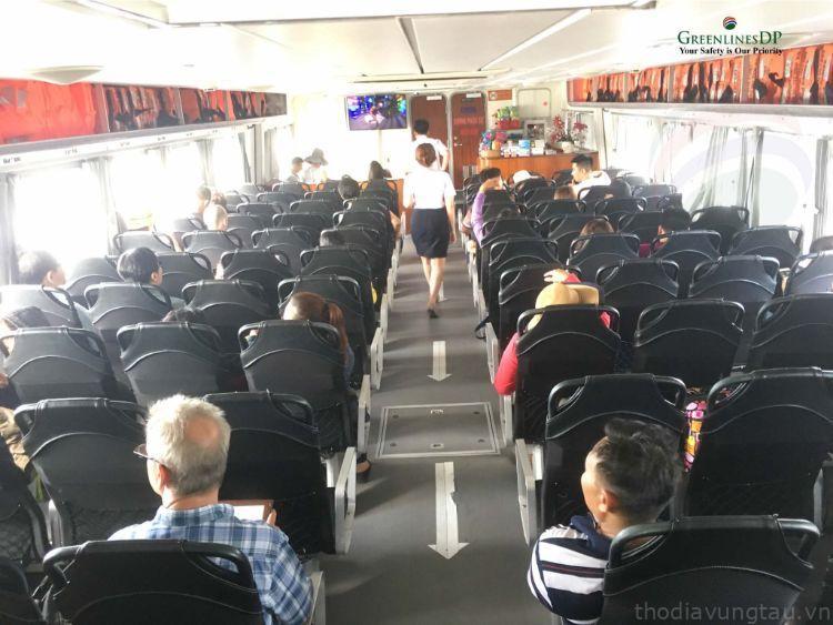 Khoang hành khách