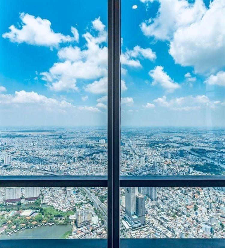 View ngút tầm mắt từ đài quan sát Landmark 81