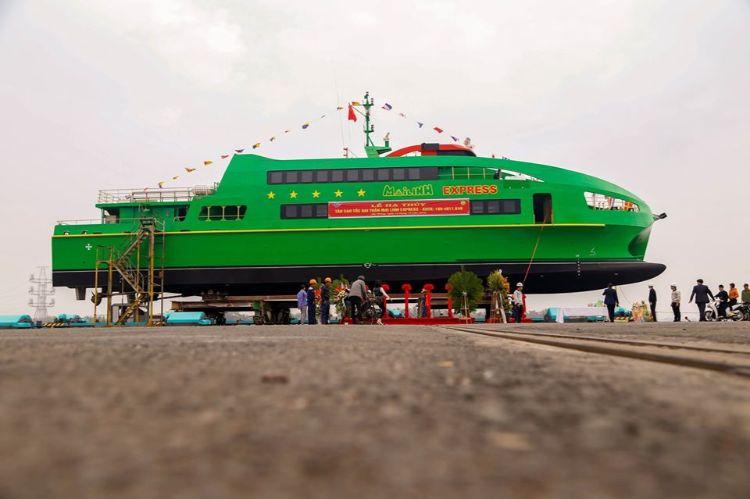 tàu mai linh express đi côn đảo