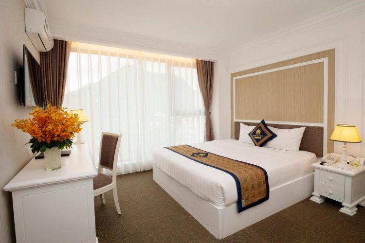 Phòng ngủ Rex Hotel
