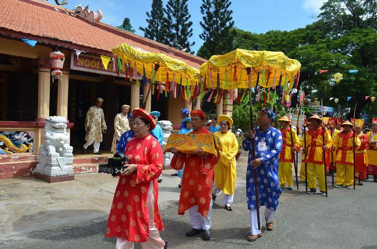 Lễ hội Miếu Bà Ngũ Hành
